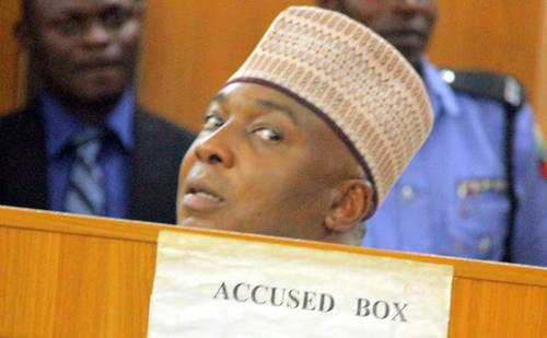 How Saraki Was Stoned In Ilorin (Video)