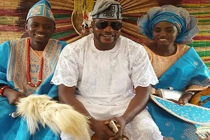 Odunlade Adekola Attends Brother's Traditional Wedding