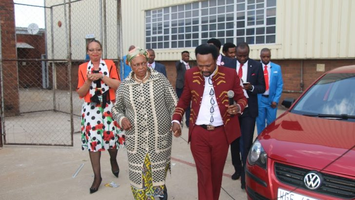 Iginla Gives Cars, Cash To Aged Woman, 39 Widows in S'Africa