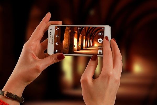 How Smartphones Have Disrupted Way Nigerians Travel