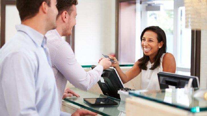 See Characteristics Of Good, Decent Hotels