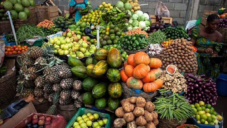 Most Nigerians Not Consuming Enough Fruits—Nutritionist