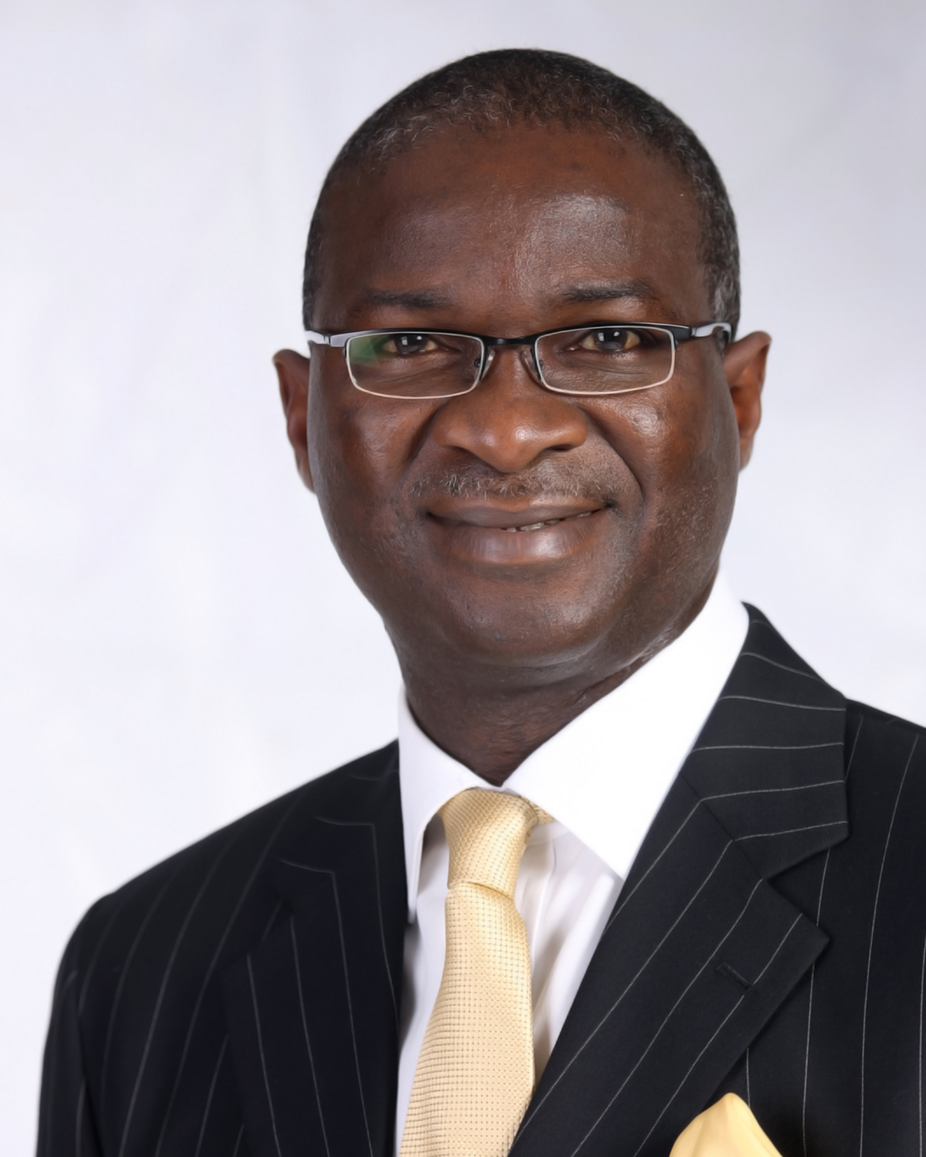 Fashola Charges BRT Operators On Commuters' Feelings
