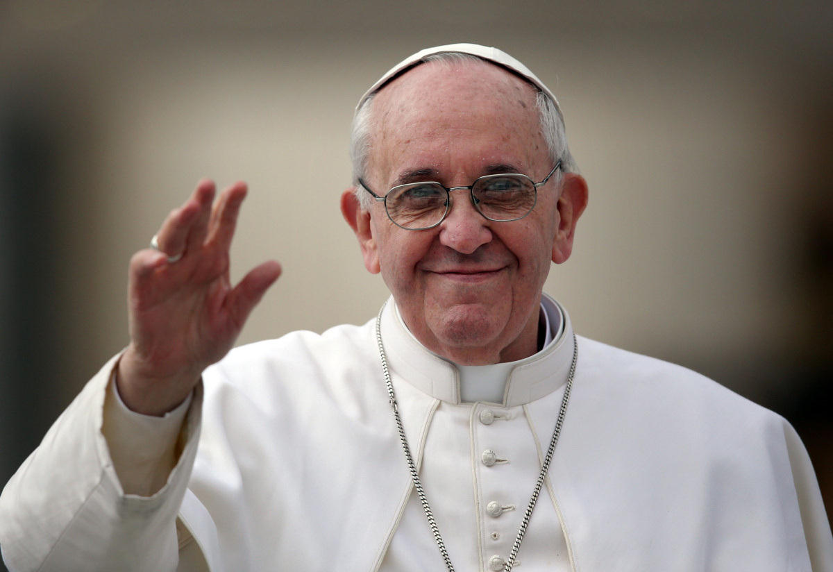 Vatican 'Secret Geiy Society' Threatens Pope's Safety