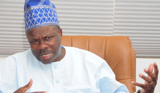 Amosun Swears-In Commissioners, Advisers