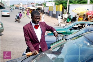 Corporate Windscreen Cleaner Spotted In Abeokuta (Photos)