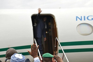 Osinbajo Leaves Ogoni In Style (Pictures)