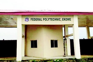 Fed Poly Rector Dies During Sèx With Teenager