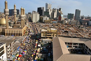 5 Weird Things Christmas Does To Lagos