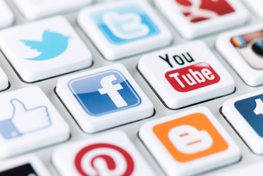 6 Social Media Actions Limiting Chances of Getting Job