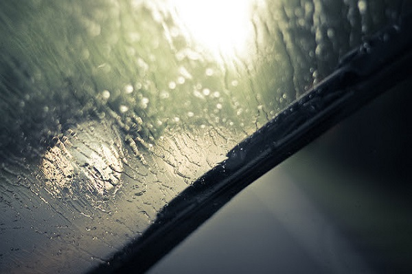 6 Tips To Observe While Driving In The Rain