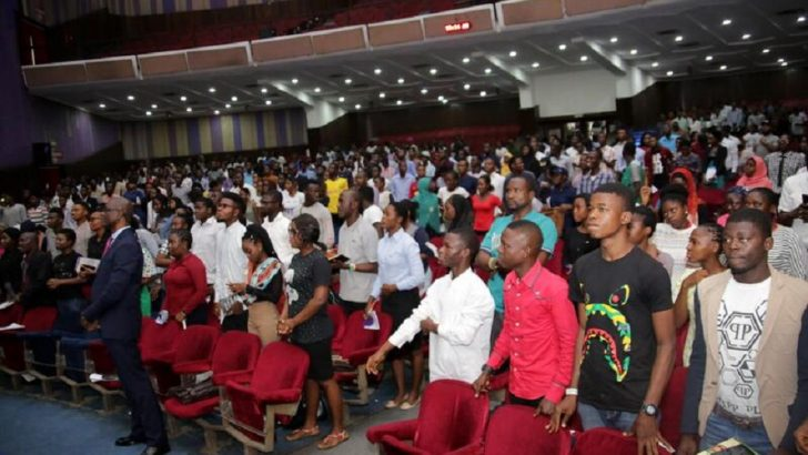 Over 10,000 Job Seekers Besiege 2018 NET Summit