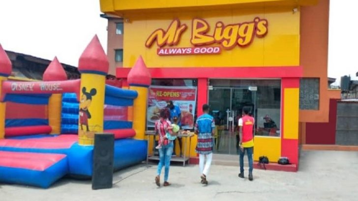 "Mr Bigg's Wins ""Restaurant Of The Year"" Award"