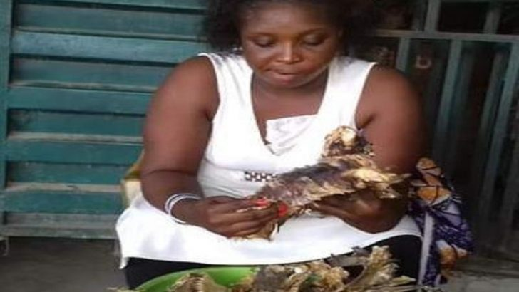 Graduate Crayfish Seller Wins 'Help the Hard Worker' Contest