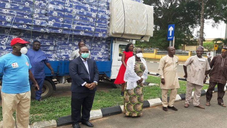 Mouka Gives Ogun COVID-19 Isolation Centres 200 Mattresses