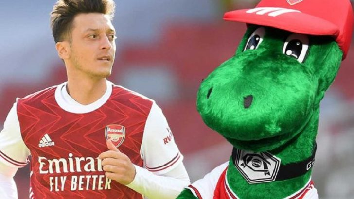 Mesut Ozil Offers To Pay Salary Of Arsenal Mascot Gunnersaurus